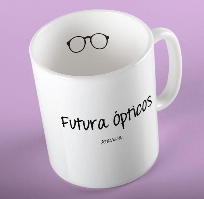 Taza-mug-diseño-futura-ópticos-madrid-identidad-corporativa-emaytecom